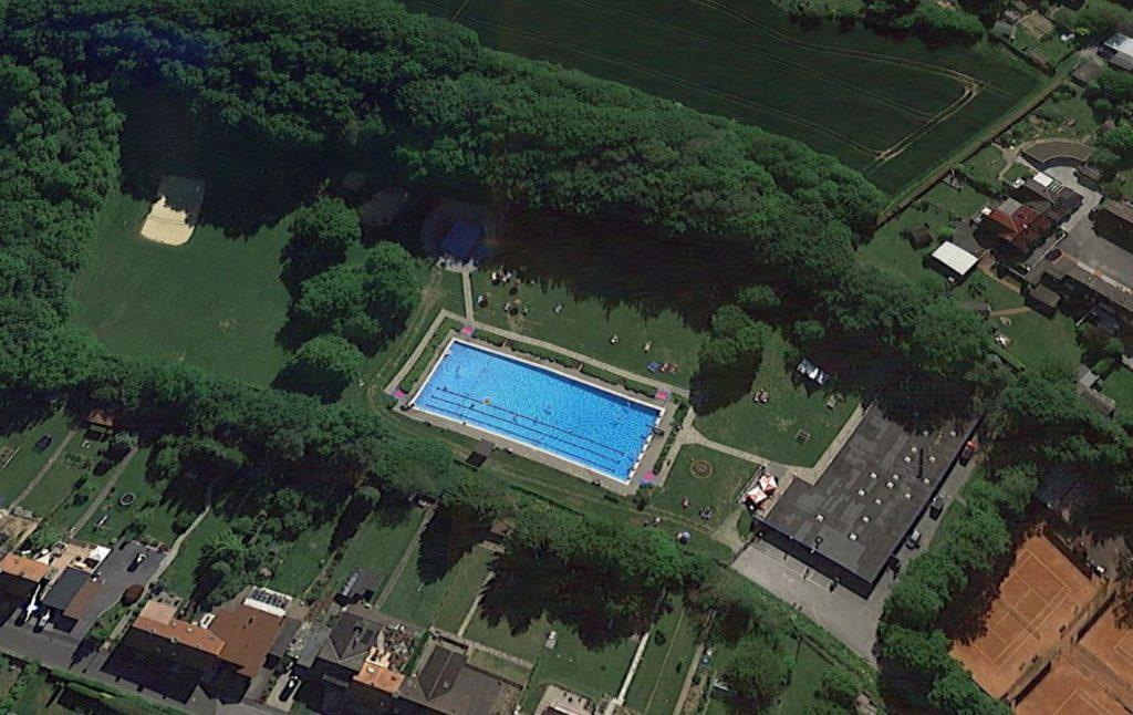 Luftbild vom Freibad Dellwig